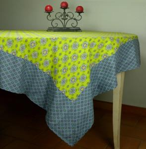 "Provencal Rectangle Cotton Tablecloth Green ""Batiste"