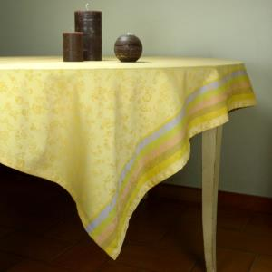 "Set of Square French Jacquard Beige Tablecloth ""Country"" and 4 napkins"